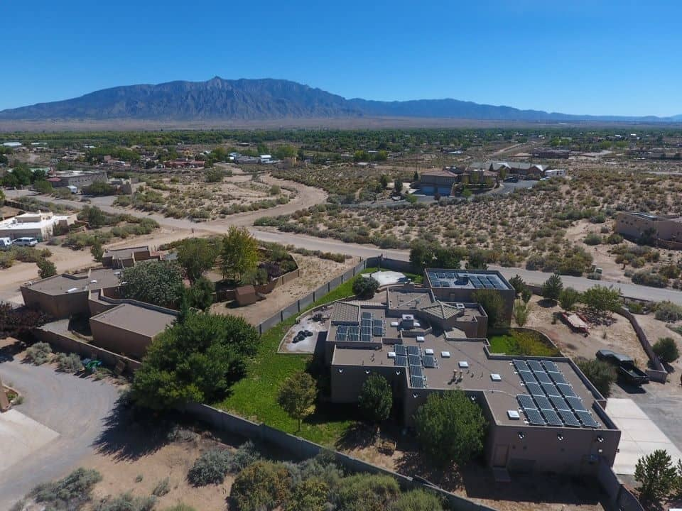 An industrial building that could use Albuquerque commercial solar